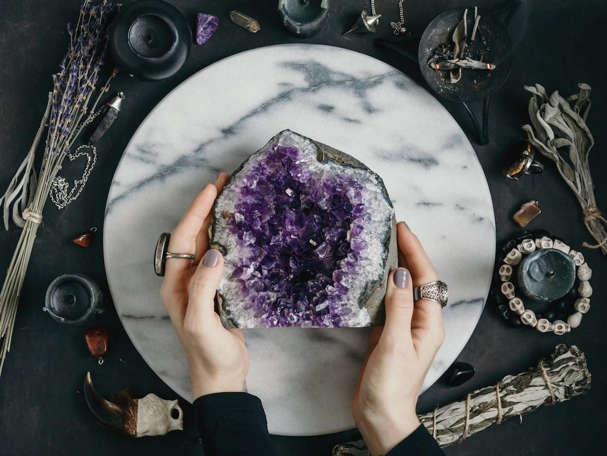 pietre e cristalli proprietà ametista