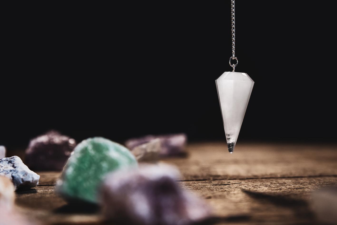 pendolo cristalloterapia intramundi
