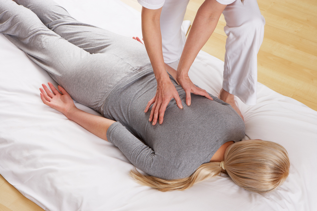 massaggio shiatsu intramundi