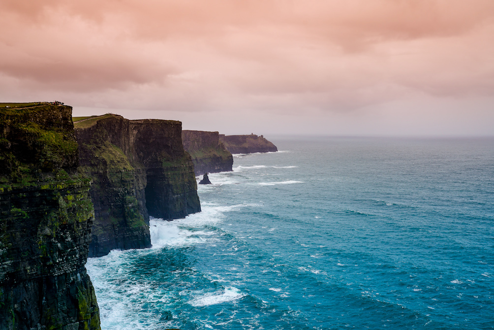 IntraMundi tour irlanda on the road Cliffs of Moher